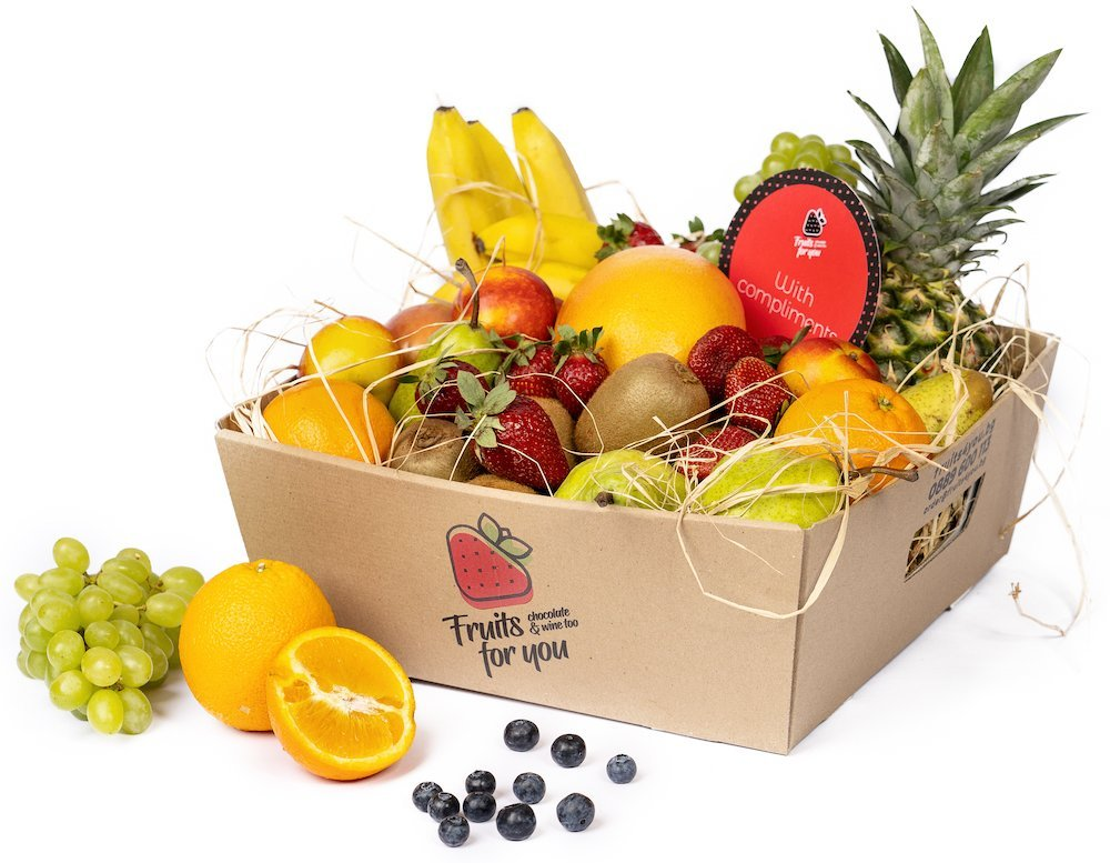 Box with seasonal fruits by Fruits4You.bg